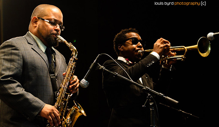 Justin Robinson and Roy Hargrove photo by Louis Byrd III