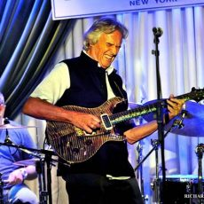 johnmclaughlin6_crop_732