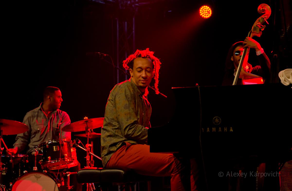 Gerald Clayton Trio