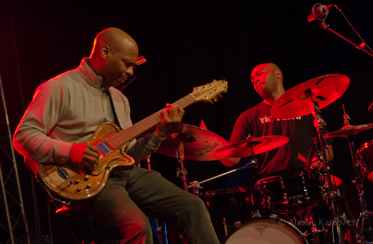 Kevin Eubanks, Eric Harland